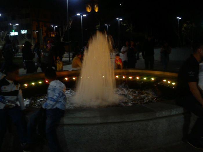 una hermosa noche en la alameda central