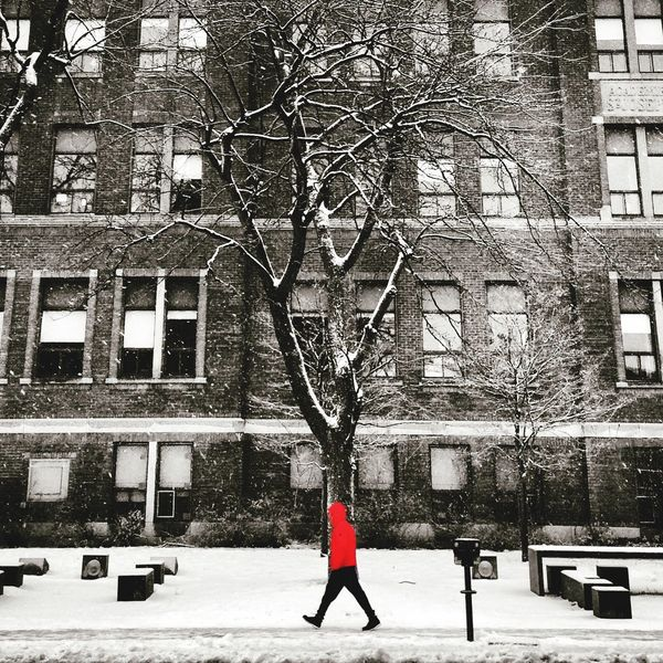 Snow time Streetphotography Montréal Colorsplash Winter Snow ❄ AMPt Community