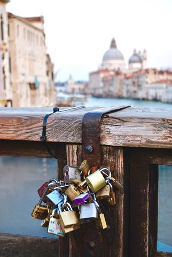 Promise. Loveislove Romantic Place Promessa Promise Magic Incanto Italianplace Italiantravel Travel Destinations Venice Venezia EyeEmNewHere My Best Travel Photo