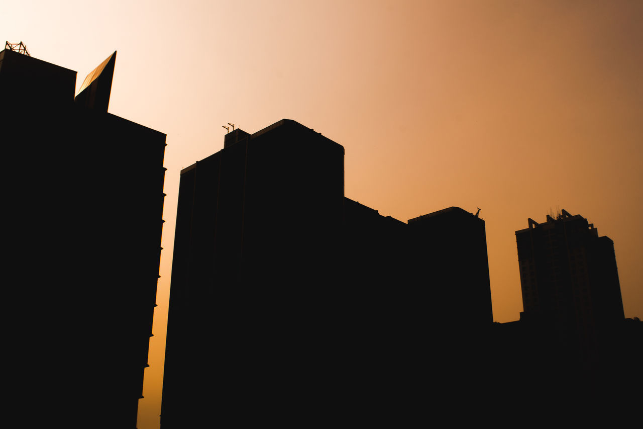 sunset, silhouette, architecture, built structure, building exterior, low angle view, copy space, clear sky, no people, sky, outdoors, city, nature, day