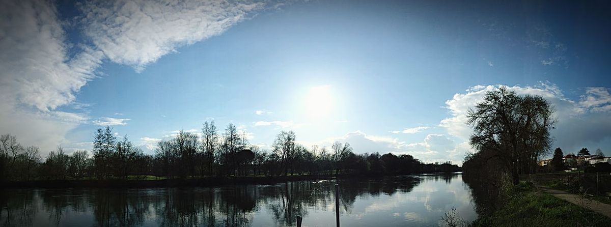 Balade au bord de l'eau Enjoying Life Nature Charente France CIELFIE Soleil Lumière Panoramique  Panorama