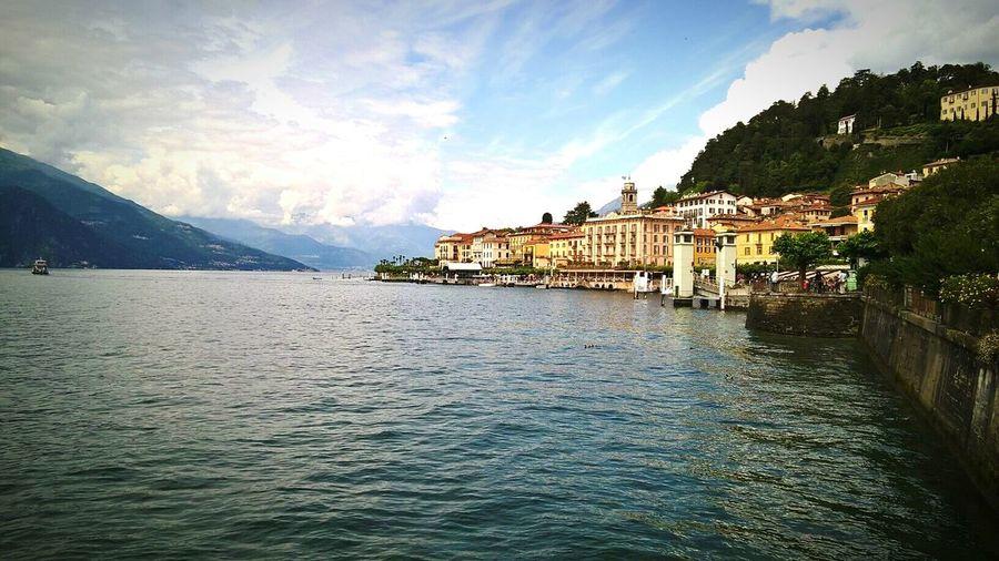 Bellagio Lakecomo Italia Italy Nature Cloudy Skies Clouds Enjoying Life Holidays Vacation Glamour