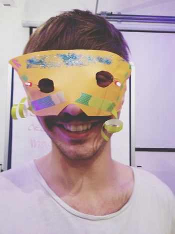 I made Nils a beautiful mask! HowDo Masks