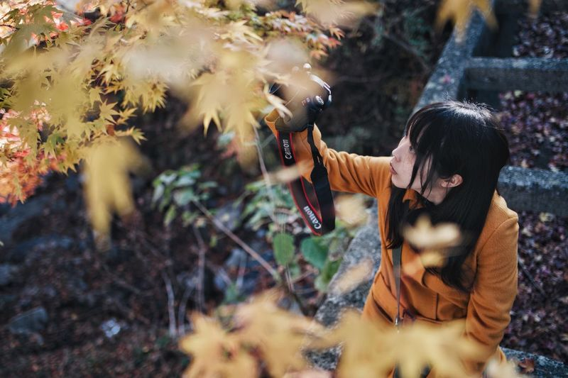 Japan Light And Shadow Streetphotography Nature Vscocam Bokeh Snap Women Real People Plant One Person Adult Nature Lifestyles