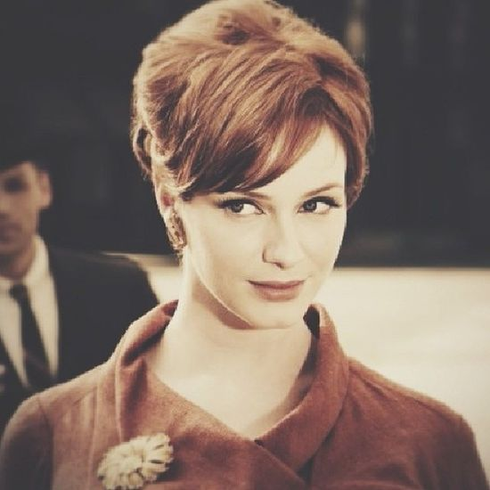 Smoke gets in your eyes Madmen Joanholloway Red AMC