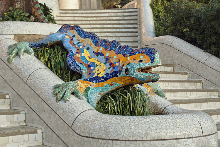 Antoni Gaudi's Parc Güell, Barcelona, Spain ArtWork Barcelona Dragon Gaudi Iguana Park Güell, Barcelona Postcard Travel Architecture Building Exterior Colorful Day Design Drac Fontain Greetings Modernism Monument No People Outdoors Parc Guell Sculture Staircase Statue