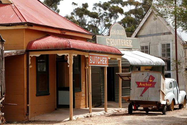 Historical township at Tailem Bend in South Australia Ancient Bygone Times Pioneers Tailem Bend Tourist Attraction  Travel Travel Photography Architecture Building Exterior Built Structure Bygone Era Day Ghost Town Heritage Building Heritage Town Historical Architecture History No People Old Outdoors Previous Settlers Tourist Destination Travel Destination Tree