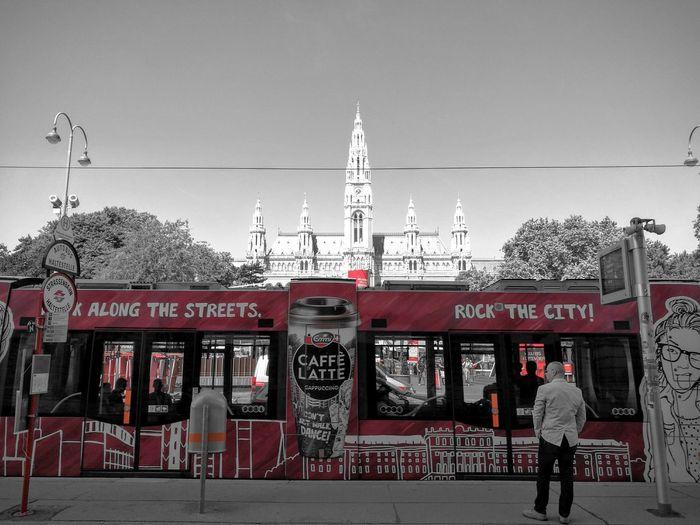 Emmicaffelatte Rockthecity of Vienna Tram. Letsgo Ontheway Goeuro in Summer and get Thirsty  .