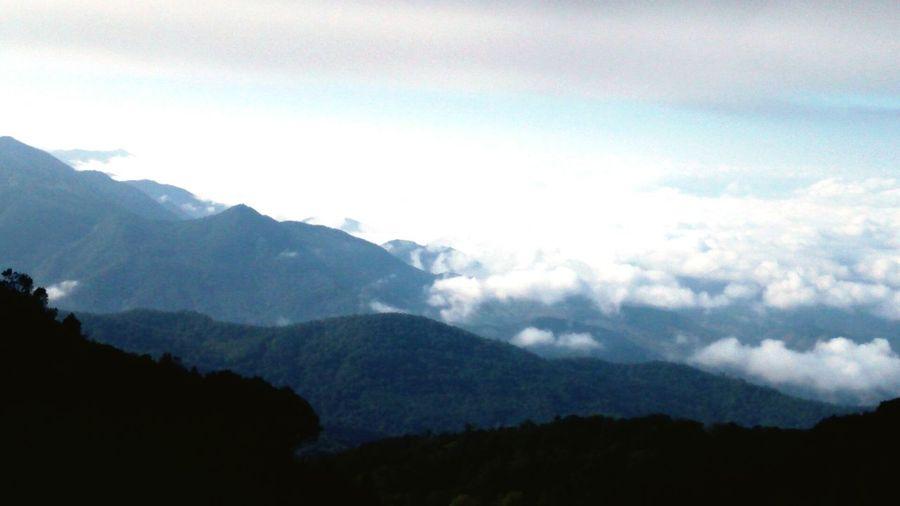 Doiinthanon Chiangmai Watmahathat Sky