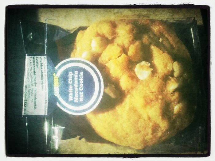 Hmmmm Subway cookies. <3