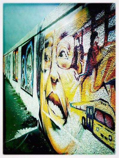 Grafitti Art Streetart Street Rosaparks Pont Bleue Pariis19 Oumartall