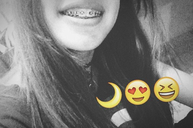 Nossa melhor curva é o sorriso. 👊😁 SORRISO ツ  Smile ✌