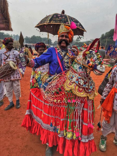 Colors Of Carnival Vibrantlife Joyful Moments Colours Of India Dancing Around The World