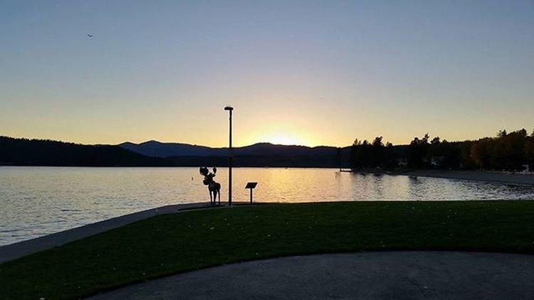 Home in time to catch the Sunset over LakeCoeurdalene SunriseToSunset day 4 Enjoythelittlethings Northwest Upperleftusa