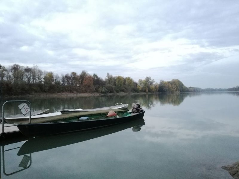 Un po di Po. Reflection Tree Water Nautical Vessel Sky Nature Tranquility Transportation Tranquil Scene Outdoors Day Landscape Nature No People Beauty In Nature Scenics River River View River Collection River Side Riverside Photography
