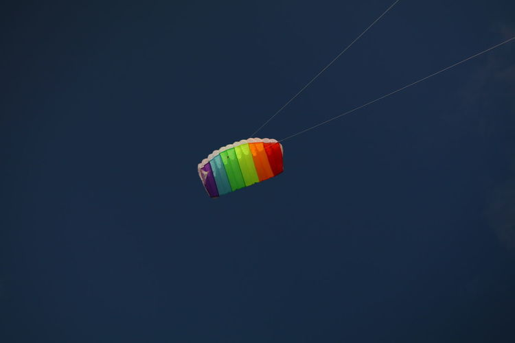 Clear Sky Copy Space Day Flying Hanging Low Angle View Mid-air Multi Colored No People Outdoors Parachute Sky