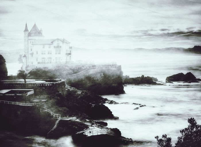 Mysticz Biarritz EyeEm Best Shots City Water Tree Fog Cold Temperature Winter Snow Politics And Government Sky Architecture Smog Storm Cloud Overcast Pixelated Cursor Atmospheric Mood Cloudscape Meteorology Moody Sky