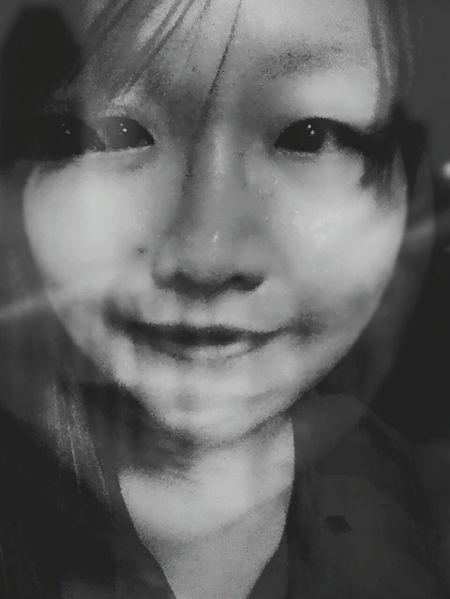 只能微笑。 Must Be Strong Smile Keep Calm Keep Smiling Just Keep Going Want To Be Believe Trust Life Murmur