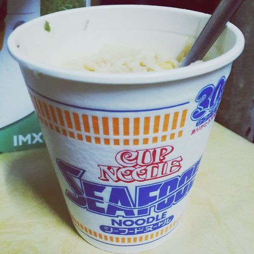 Seafood cup noodle. ??