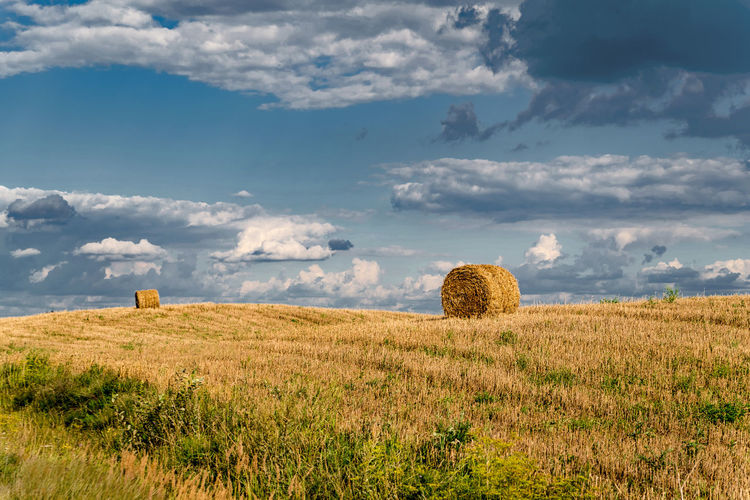 Moody Hayrolls Nature Landscape View Cloudy Clouds Dramatic Sky Calm Tranquility Peaceful HDR Field Agriculture Sky Landscape Cloud - Sky Hay Bale Haystack Storm Cloud