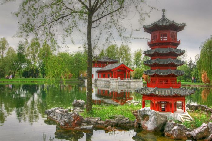 Architecture Beauty In Nature Berlin Berliner Ansichten Chinese Garden Cloud - Sky Day Garden Garden Flowers Garden Photography Green Color Gärten Der Welt Historical Idylle Idyllic Idyllic Scenery Lake Nature Outdoors Pagode Reflection Sky Temple - Building Tree Water