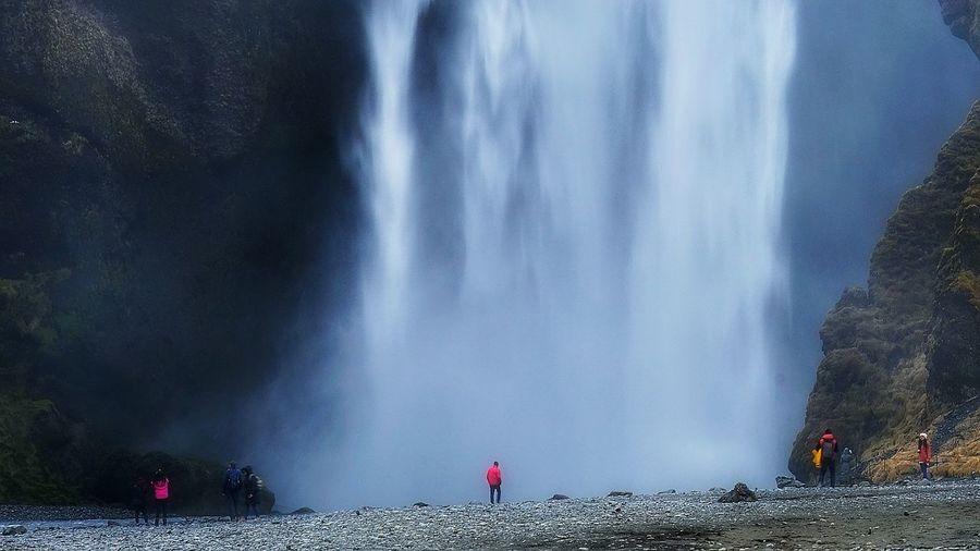 seljalandsfoss SeljalandsfossWaterfall Water City Men Working Women Togetherness Waterfall