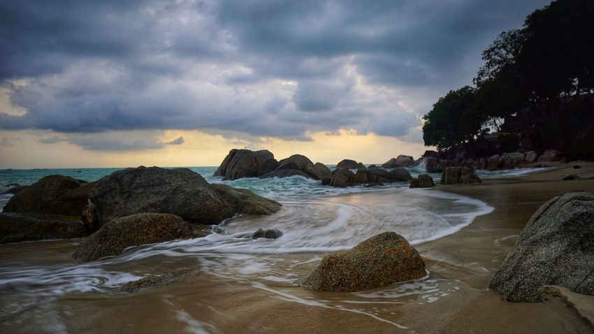 Pantai Tanjung Pesona - Tanjung Pesona beach , Sungailiat, Bangka Indonesia Landscape Landscape Photography Travel Destinations Travel Destination Scenics Scenic Photograghy Photography By @jgawibowo Arif Wibowo Photoworks Shot By @jgawibowo Shot By Arif Wibowo Property Of Arif Wibowo Water Sunset Outdoors Wave Landscape