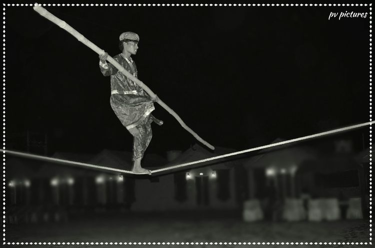 Picspv Nikon D5100  Bikaner Stunt Rajasthan Tradition RopeWalk