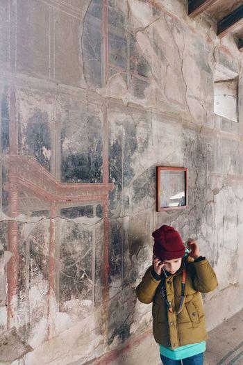 Ascoltando memorie ~ Listen to memories Ercolano Vesuvio Vulcano Campania 20181229 Past And Future Italia Italy Huaweiphotography Mate20pro Archeological Site Archeological Park Archeological Ruins Myitaliantrip