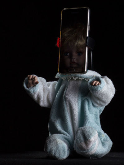 Black Background Doll Fear Horror Decapitated Indoors  Smartphone Studio Shot