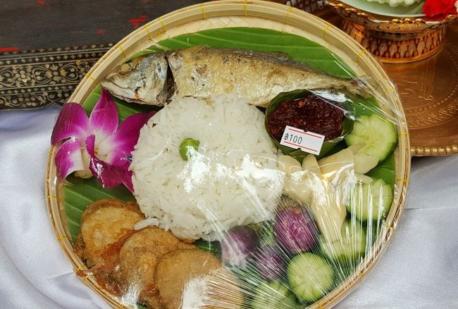 Thailand favorite food Rice Orchid Flower Cucumber Slices Bean Vegetable Mackerel Fish Bamboo Tray Eggplant For Sale Indoors  Basket Food And Drink Food