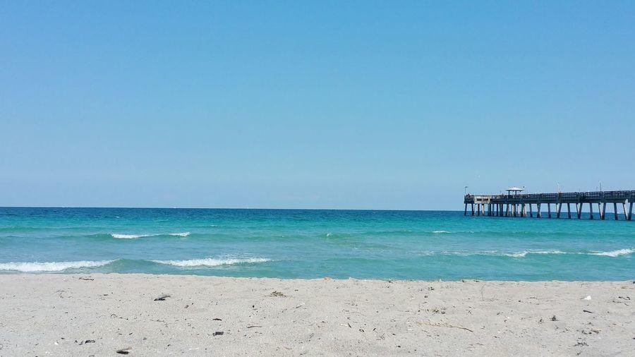 Beaches Piers Relaxing Enjoying Life Lovemycity