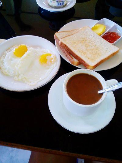 My mood booster! Aroma kopinya mmmmmmm.... Coffee Morning Breakfast Today Traveling Lombok-Indonesia Enjoying Life Travelingindonesia Morning