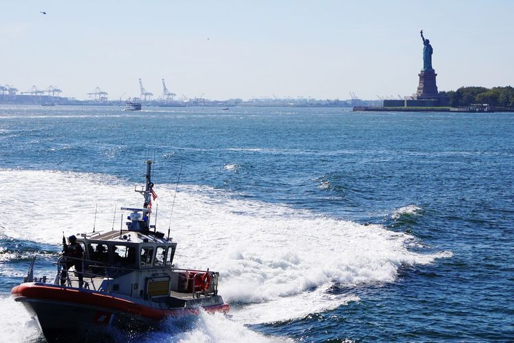 Statue Of Liberty River Police Done That. Mobility In Mega Cities Stories From The City