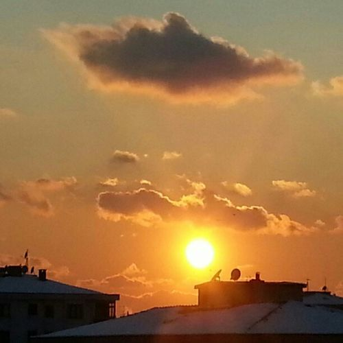 Solar Snow Cloud Snowyroofs wonderfulpictureoftheday ;)