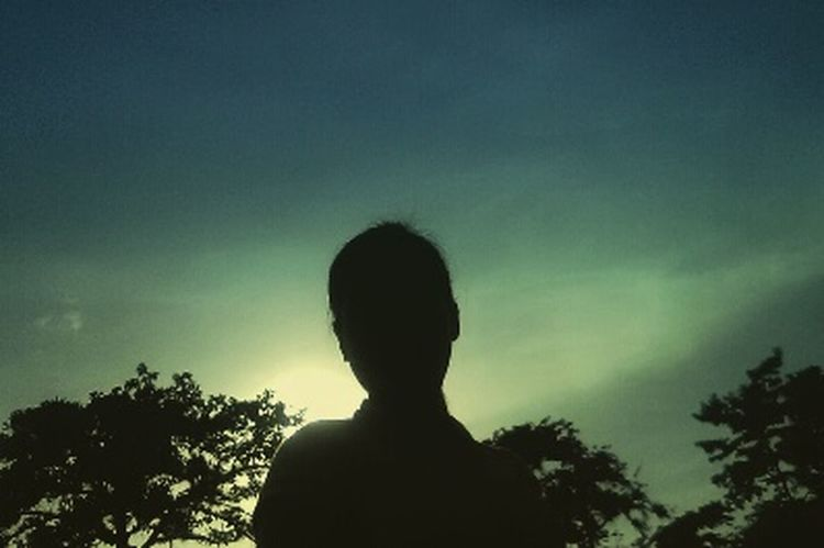 That's Me :) Silhouettephotography Against The Light Self Photography Roadtrip ❤
