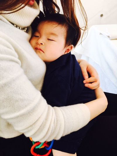 my son fell asleep at my beautiful colleague's chest…😪💤 he looked happy❤️ Baby Babyhood Childhood Innocence Son Babyboy Hugging Happiness