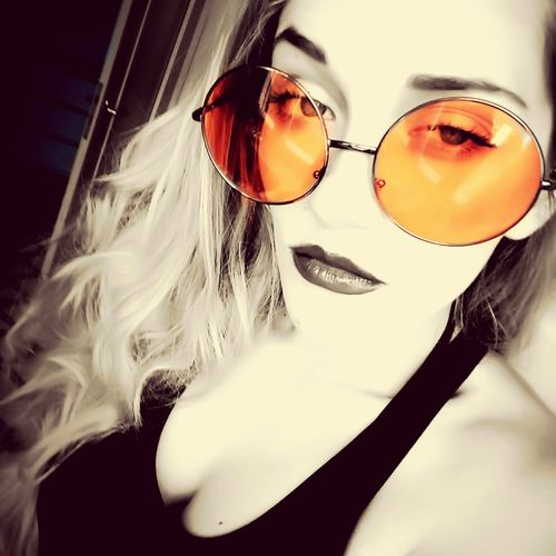 Vintage Round Big Eyes Glasses Orange Color Young Adult Young Women Long Hair Person Relaxation 80s Selfie ✌