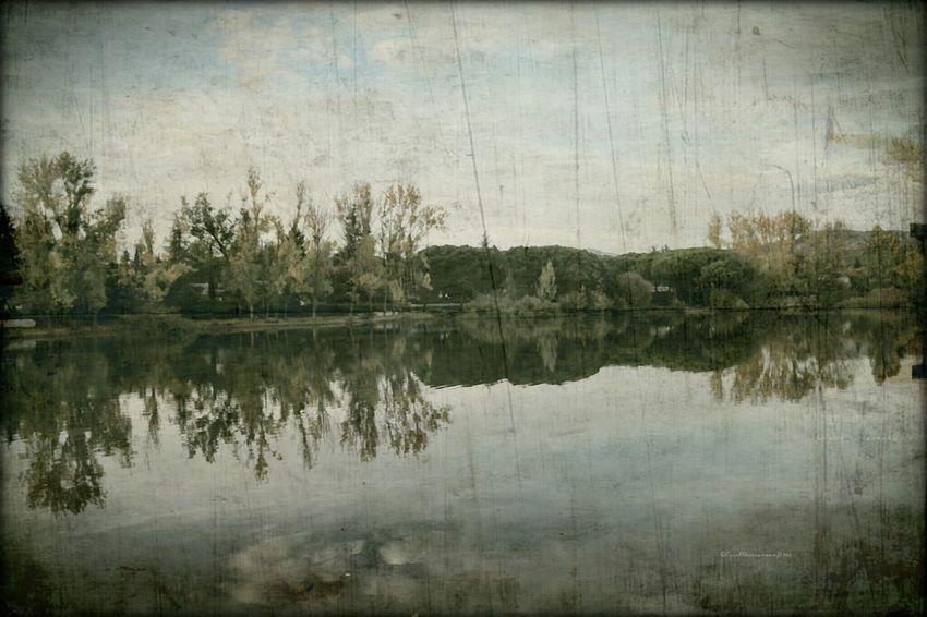 Relaxing evening in the lake EyeEm Best Edits Romantic Landscape Melancholic Landscapes