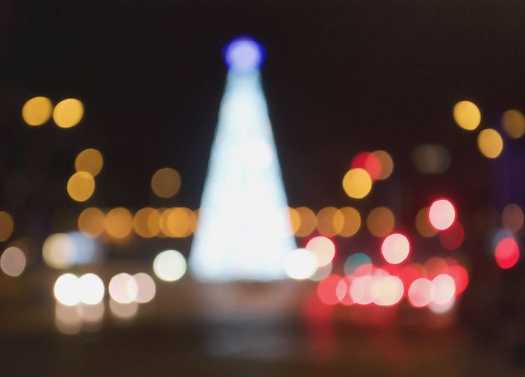 Tomorrow will be my birthday, so I wanted to share a photo with you I took a week ago that shows my actual vision is the world: Blurred and Strange City Bokeh Lights Shadows Art Like Taking Photos Night Lights Awesome Photooftheday Street Photography