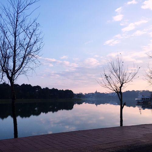 Hồ Xuân Hương Lake Lake Lake View Dalat Vietnam Peaceful View Morning Eyem EyeEm Nature Lover Beautynature EyeEm Eye4photography  Eyemphotography Vietnamphotography Breathtaking Peace