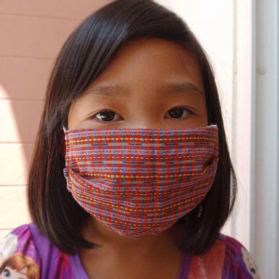 Children wear mask protect covid -19