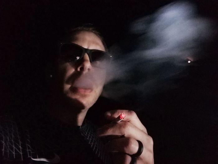 Self smoking at