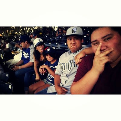 Padre Game w/ my thots✌⚾?
