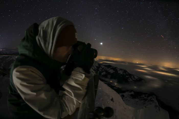 Night Hood - Clothing Astronomy Star - Space Hooded Shirt Real People One Person Leisure Activity Technology Men Photography Themes Outdoors Space Nature Photographing Sea Galaxy Space Exploration Women Constellation
