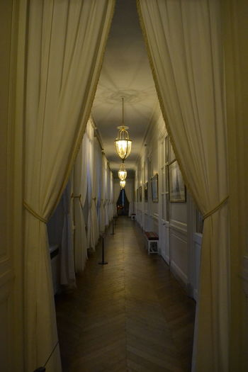 No Filter, No Edit, Just Photography Phototerapy Couloir Sombre Eyem Gallery Eye4photography  Versailles Versallespalace