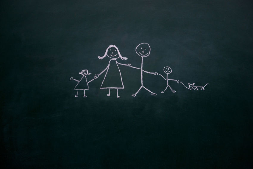 Children Cohesion Family Love Mother Wonderful Blackboard  Chalk Drawing Classic Family Photo Creativity Daughter Dog Drawing Drawing - Art Product Father Fine In Love Parents Pet Son Stickman Stickmen Togehter