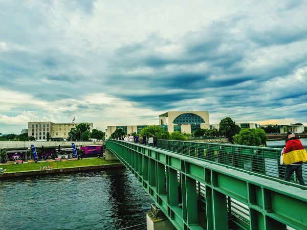 Berlin Photography Spree River Berlin Berliner Ansichten Spree Riverside Spree River Berlin Bridge View Bridgeporn Sky And Clouds Skyporn Sky_collection City Life Buildings People Photography