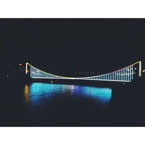 东江吊桥 东江湖 夜景 资兴 郴州 湖南 春节 新年快乐 springfestival happynewyear nightscene bridge suspensionbridge vsco vscocam zixing chenzhou hunan china