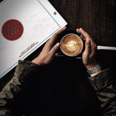 Kopi itu.... Coffee Coffee Time Coffeelover Cappucino Latteart Bandungcafe